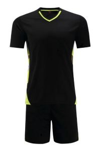 Black Soccer Jersey and Black Short pictures & photos