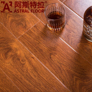 2015 2016 New Product CE Approved HDF Laminate Flooring (AS1365) pictures & photos