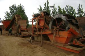 Sand Making Machine with Jaw and Hammer Broken
