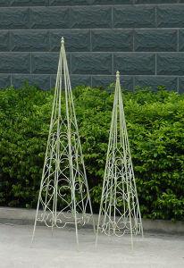 Outdoor Decoration Vintage White Metal Garden Obelisk