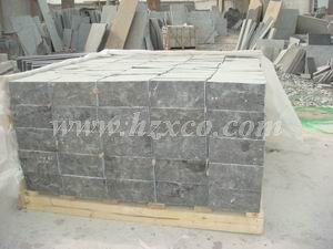 China Blue Limestone Paving Stone/Covering/Flooring/Paving/Tiles/Slabs/Bluestone/Limestone/Natural Stone pictures & photos