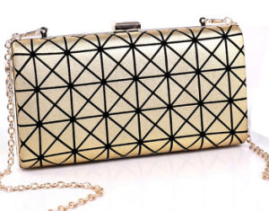 2015 Newest Designer Issey Case Grain Chain Evening Bag (XW757) pictures & photos