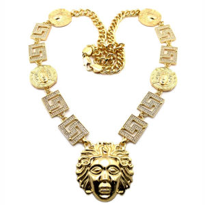 New Gold Plated Zinc Alloy Fashion Jewelry Hip Hop Tyga′s Style Medusa Pendant Necklace