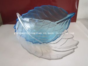 Solid Color Leaf-Shape Glass Plate (P-026) pictures & photos
