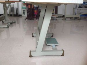 Z Type Pipe Industrial Sewing Stand