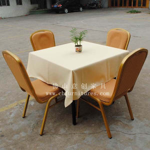 Hot Sales Restaurant Table with Chairs (YC-T07-02) pictures & photos