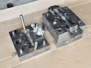 Professional and Precision Aluminum Die Casting Mold pictures & photos