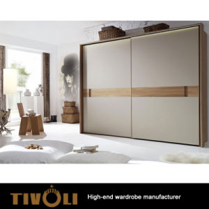 China 2018 Bedroom Modern White Particle Board Sliding Door Wardrobe