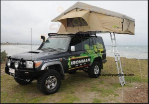 Customized High Quality Camping Car Roof Tent pictures & photos
