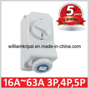 IP67 16A 2p+E Interlocked Socket Switch pictures & photos