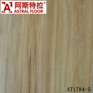 Changzhou Good Price High Quality 12mm &8mm HDF Laminated Flooring pictures & photos