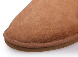 Fashion Sheepskin Women Shoes Ladies Slippers pictures & photos