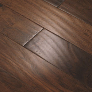 Eir Laminate Laminated Flooring with V-Groove ISO Ce Approved pictures & photos