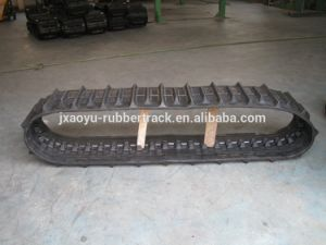 Mini Combined Harvester Rubber Tracks pictures & photos