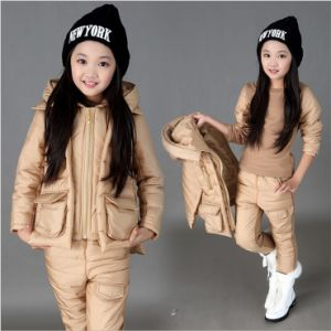 S1133 Winter Cotton-Padded Girls 3PCS Suit pictures & photos