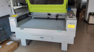 Laser Cutting and Engrave Machine for Arylic, MDF, Fabric, Metal, Leather