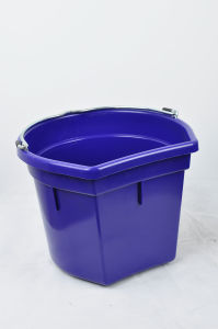 14l Plastic Horse Feed Bucket
