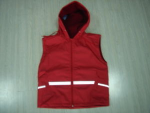 Safety Reflective Red Rain Vest Jacket Fashionable Rain Coats pictures & photos