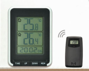 Clock with Sensor Max/Min Temperature Recorded Indoor Outdoor Calendar pictures & photos