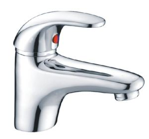 Comtemporary Single Lever Bathroom Basin Faucet /Tap (CAG40281) pictures & photos