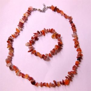 Natural Gemstone Stone Crystal Carnelian Chips Charming Necklace Jewelry Sets pictures & photos