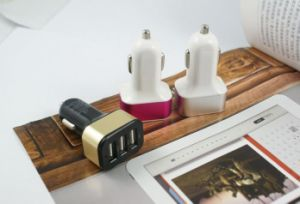 Wholesale High Quality Cheap Price Mobile Charger Portable Dual USB Car Charger pictures & photos