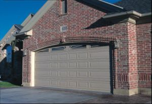 Automatic Sectional Garage Doors pictures & photos