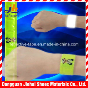 Night Safety Reflective Wrist Band for Cycling Jogging Dog Walking