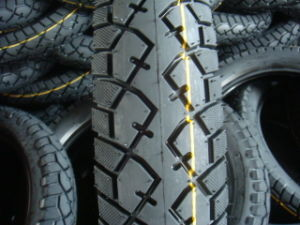 Good Quality Motorcycle Tubeless Tire 90/90-18, 110/90-16 pictures & photos