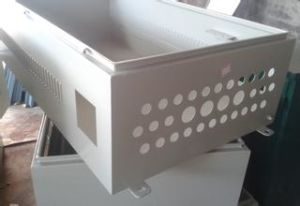 Sheet Metal Parts/Sheet Metal Fabrication/Box/Cabinet with Powder Coating (GL011) pictures & photos
