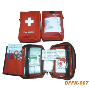 CE ISO Approved Car First Aid Kit pictures & photos