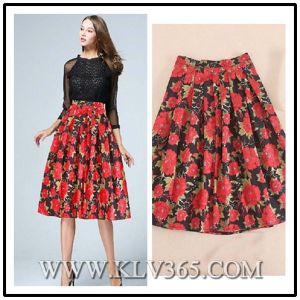 f6ef37d0f China Fashion Designer Women′s Flower Printed Pleated Long Skirt ...