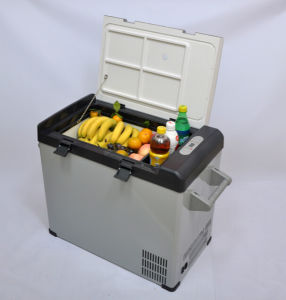 Portable Car Compressor Refrigerator 52liter DC12/24V with AC Adaptor (100-240V) for Outdoor Activity Use pictures & photos