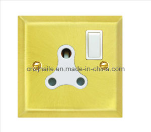 15A 1 Gang Round Pin Switched Socket pictures & photos