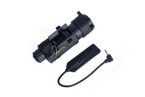 M3X Illiuminator Long Gun Tactical Flash Light