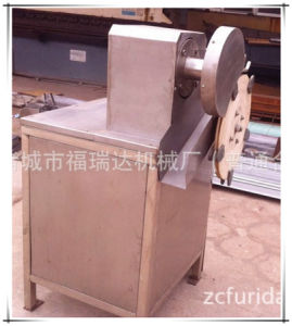 Poultry Claw Cutting Machine for Slaughter-Line (rabbit) pictures & photos