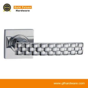 Zinc Alloy Door Handle on Rose (R105-Z137) pictures & photos