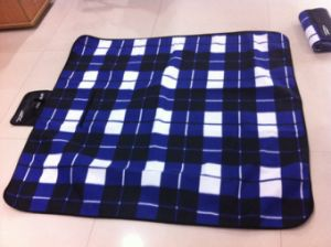 Polar Fleece Picnic Blanket (SSB1024) pictures & photos