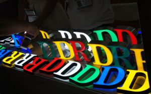 Full Color LED Letters with LED Light as Billboard LED Module Light Signage pictures & photos