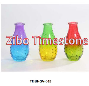 Colorful Cheap Decoration Glass Vases pictures & photos