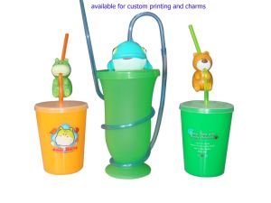 Eco-Friendly Fashion Plastic Cute Straw Cup pictures & photos