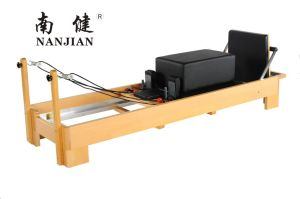 Nanjian High Quality Beech/Maple Wood Pilates Reformer pictures & photos