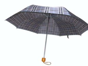 "21"" Manual Open Wood Handle 3 Fold Umbrella (3FU029) pictures & photos"