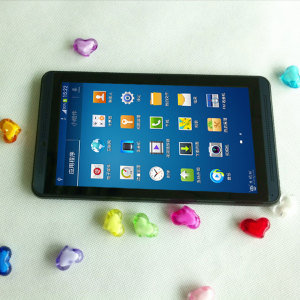 High Quality 7′′ Tablet Computer Rockchip 3026 Dual Core Android 4.2