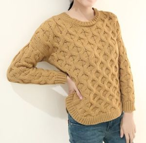 Circle Twist Sweater Female Sweater (BTQ105) pictures & photos