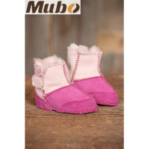 2-Tone Australia Merino Sheepskin Booties Baby Slipper Booties pictures & photos