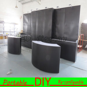 Customized Modular Portable Exhibition Booth Display Stand for China Trade Show Booth Design pictures & photos