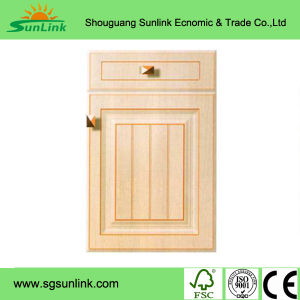 White Painting Solid Wood Kitchen Cabinet Doors (GSP5-013) pictures & photos
