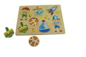 Wooden Boy Playing Puzzle Toy for Kids and Children pictures & photos