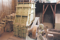 Different Type of Crusher and Spare Parts of Crusher pictures & photos